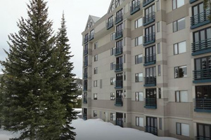 big sky montana ski in and out  hotels